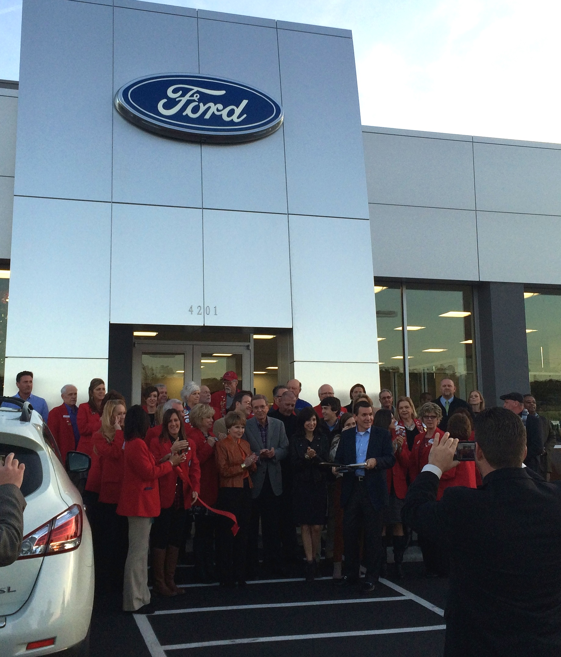 Riser Ford Ribbon Cutting | Harco Full Service General Contractors Arkansas : riser ford used cars - markmcfarlin.com